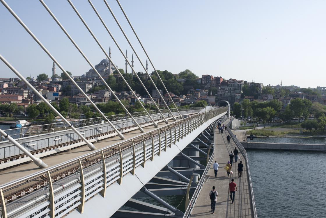 Métro, Istanbul, Turquie