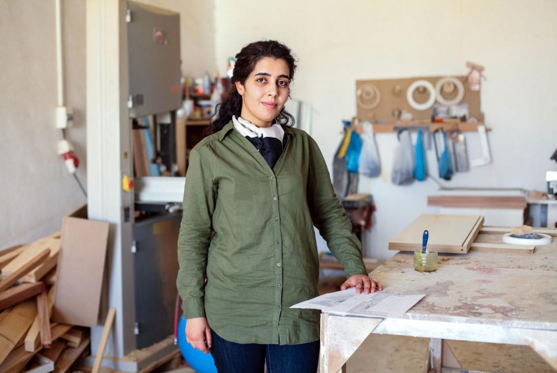 Tunisie Initiative Medenine art-déco jeune femme formation microcrédit