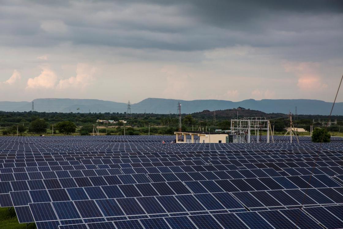 panneaux solaires, énergie, Inde