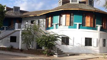 maison d'enfants à caractère social Les Filaos, La Réunion, Croix-Rogue française