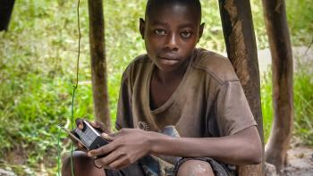 Sahel, reconnecting the media with youth, radio, young boy