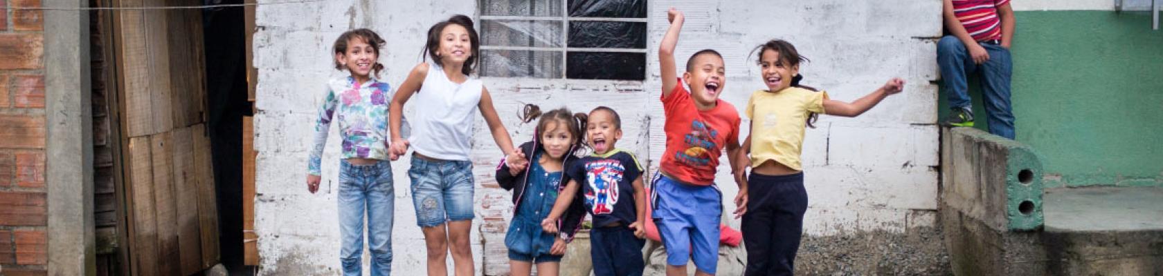 Enfants de Medellín, Colombie