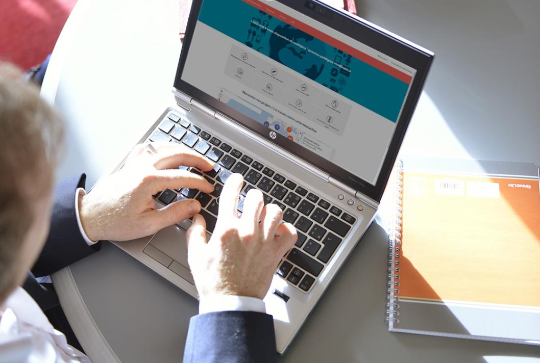 Transparency, computer, laptop, hands
