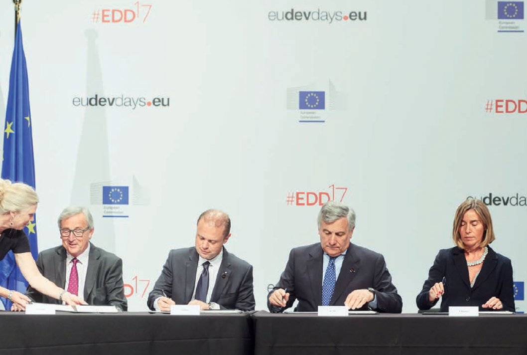 Signature, new European Development Consensus, European Union