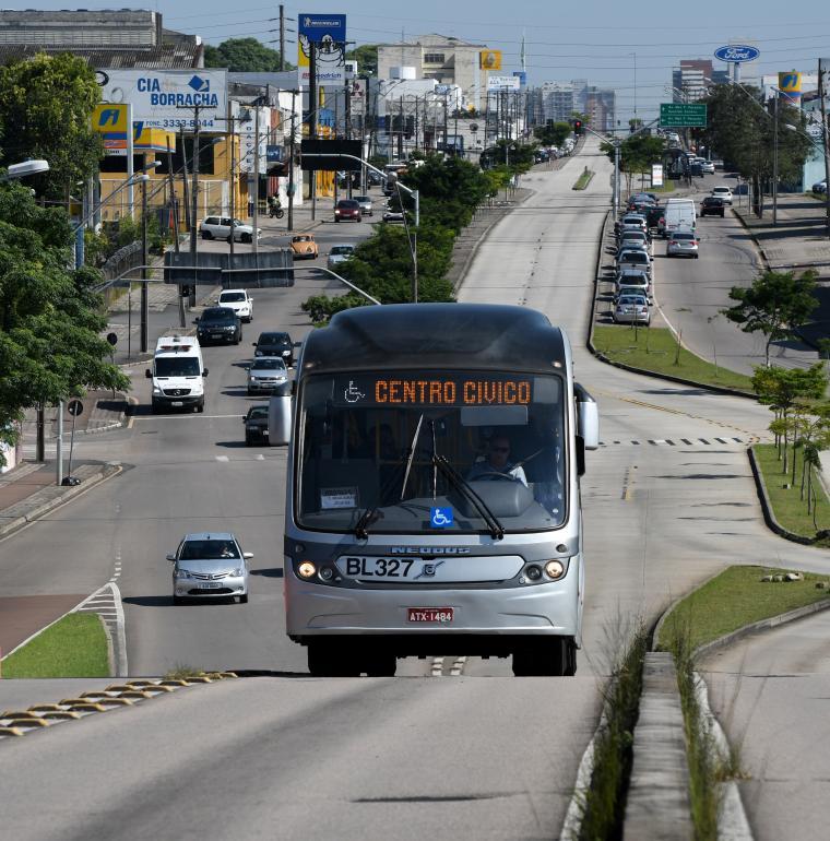 Ligne de bus BRT à Curitiba au Brésil