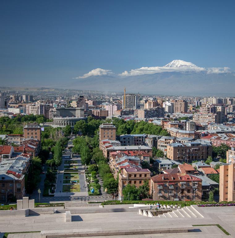 Arménie ville d'Erevan Taema flickr