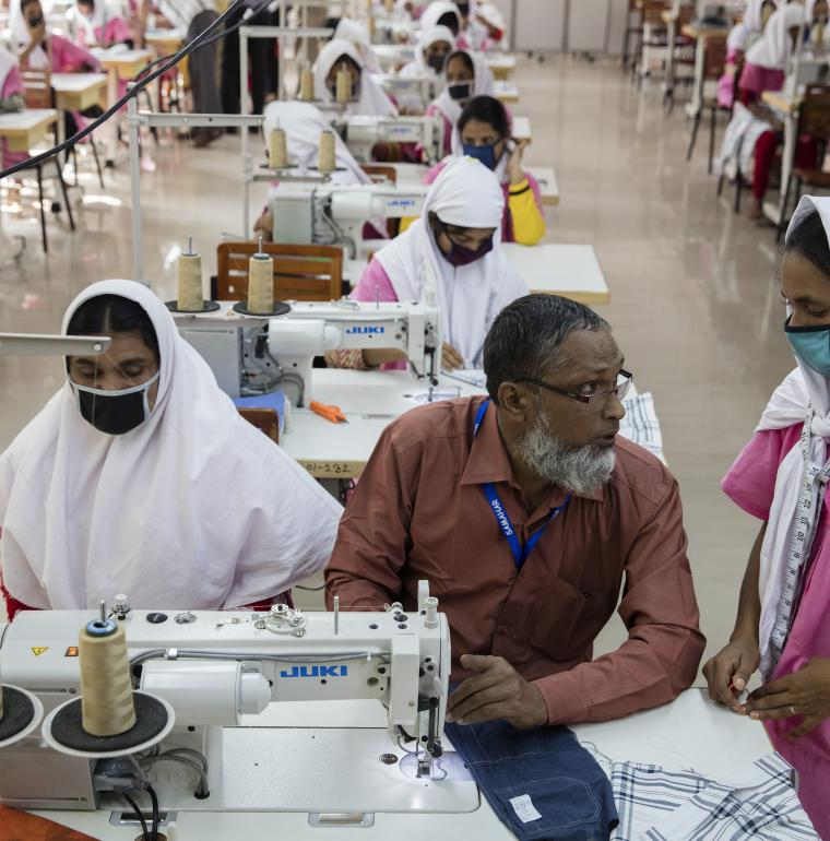 Bangladesh textile workshop women