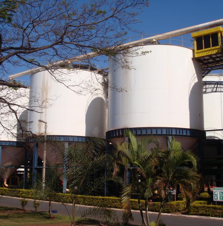 Brésil Usine de production d'éthanol canne à sucre biocarburant ressource d'énergie renouvelable durable