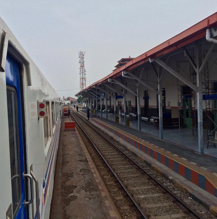 Railway line Banjar-Bandung, Indonesia