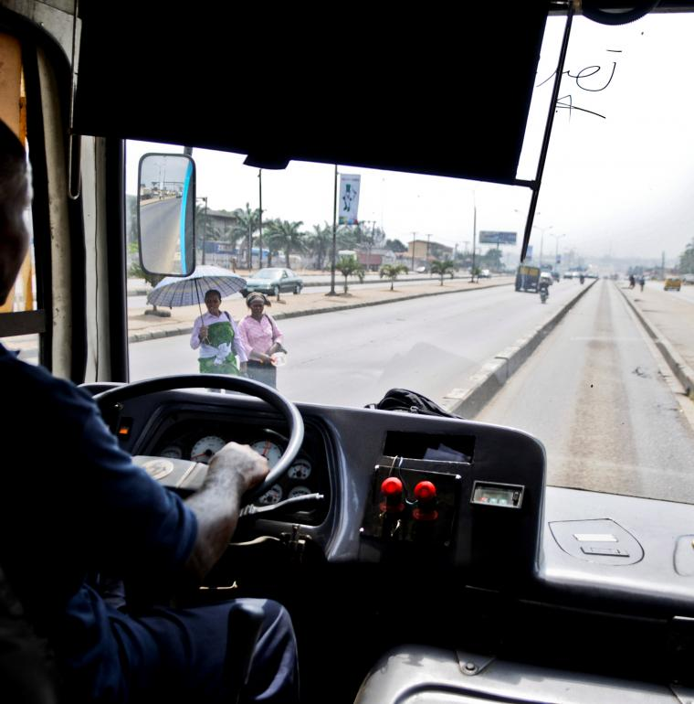 Nigéria Transport BRT bus chauffeur