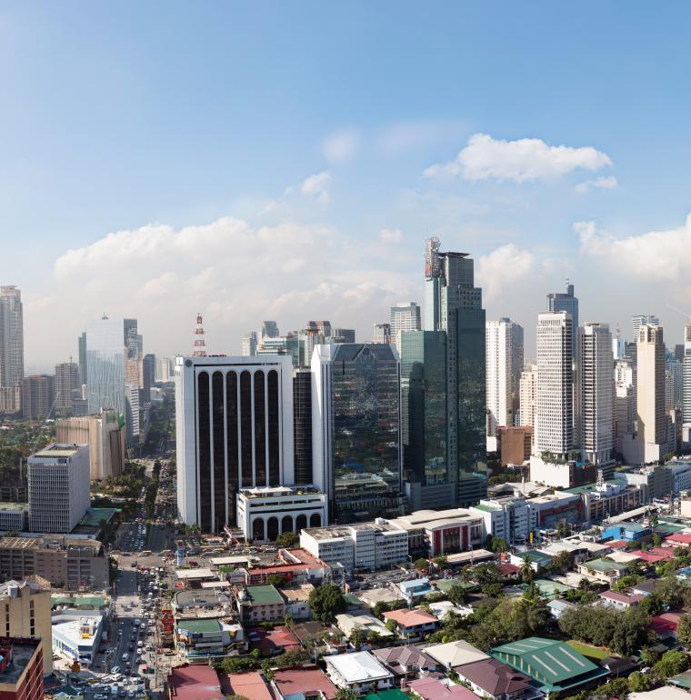 des grattes-ciel à Manille aux Philippines