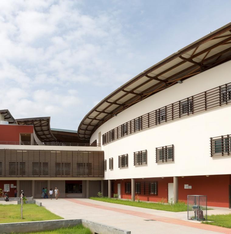Centre hospitalier, Guyane, pôle femmes enfants, santé