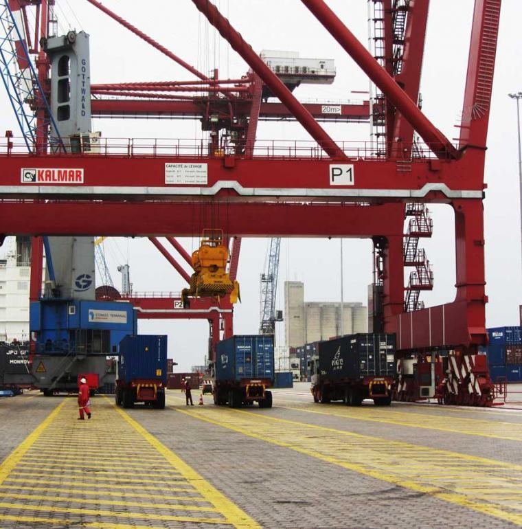 Port conteneur dock congo