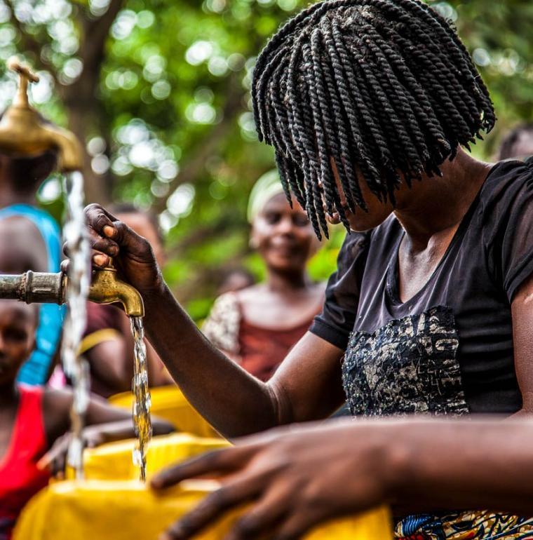 Distribution of drinking water in Kinshasa