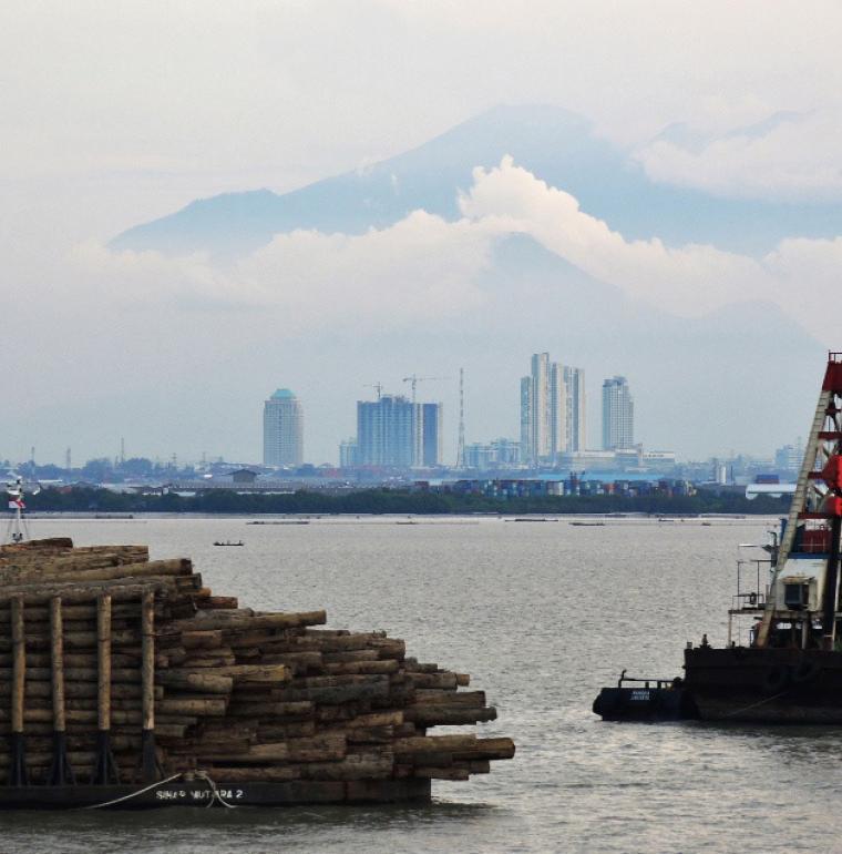 port de Surabaya, Indonésie