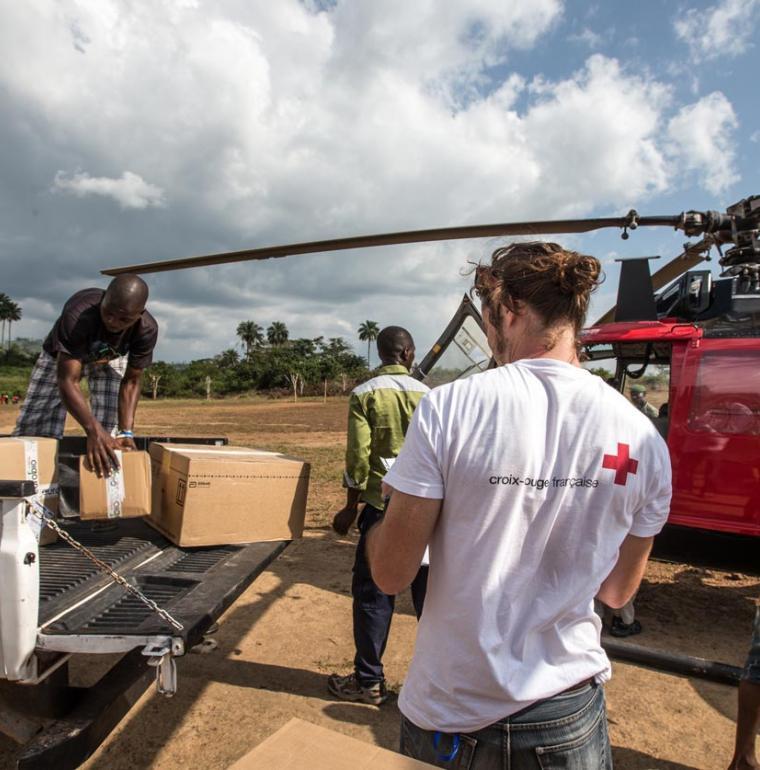 Lutte contre Ebola, Guinée, Croix Rouge