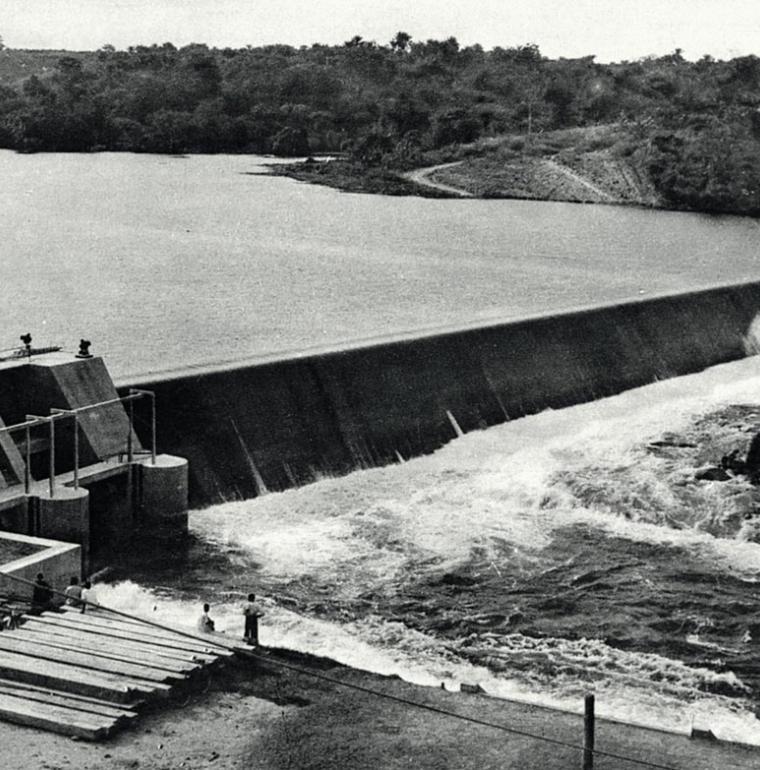 barrage hydroélectrique Congo archives AFD 1950