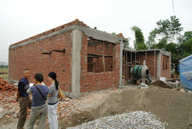 house, postearthquake reconstruction (Sichuan), China