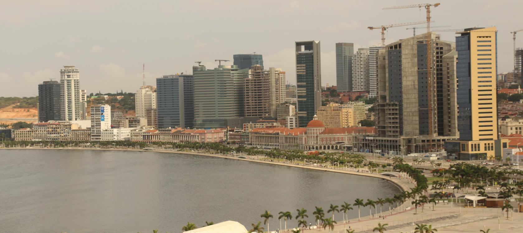 Angola, Luanda, country page
