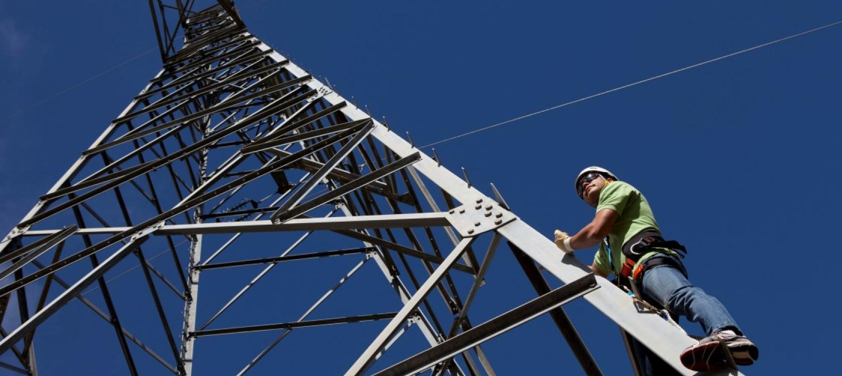 Financer les projets, Pylone haute tension, énergie, Polynésie française